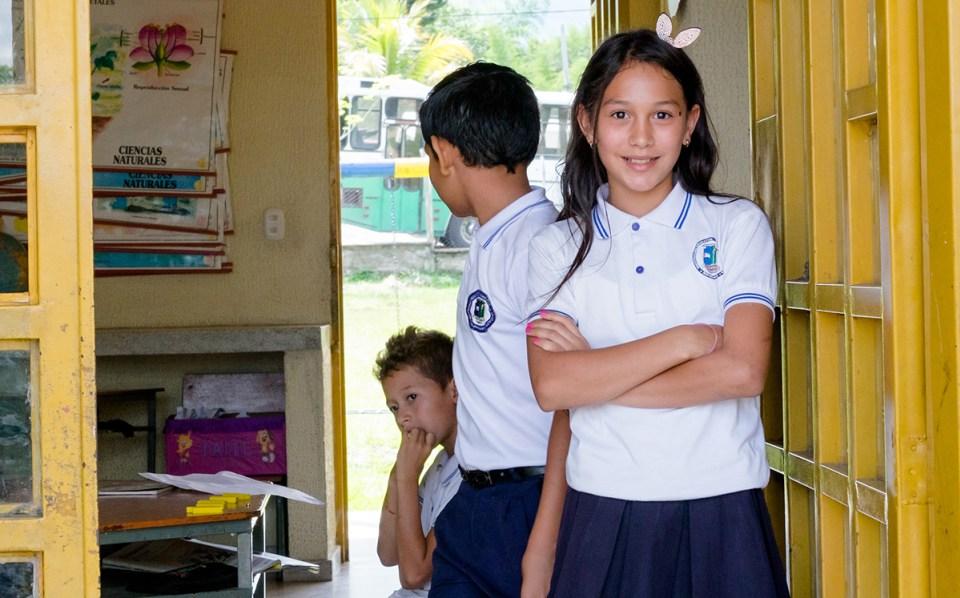 Isabella, la presidenta de clase de 11 años de Sede Barragán. Aquí, como en todas las escuelas de la Escuela Nueva, el gobierno estudiantil se considera fundamental para enseñar liderazgo y autonomía a los jóvenes estudiantes. (Crédito: Jared Wade)