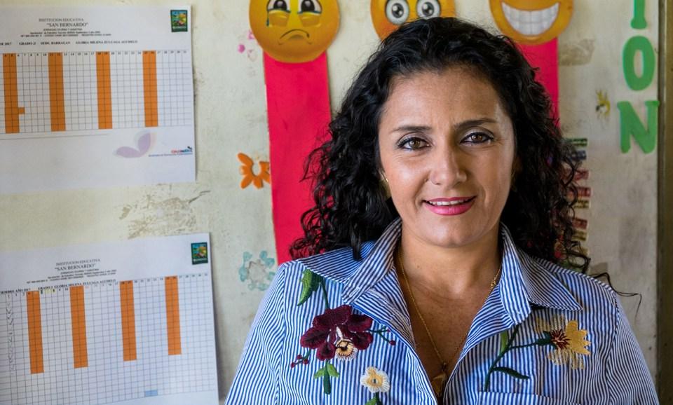 Vicky Colbert cree que Escuela Nueva nunca podría haber tenido tanto éxito sin grandes maestros como Gloria Morena Zuluaga de Sede Barragán. (Crédito: Jared Wade)